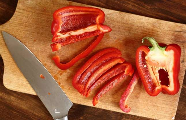 Image of red peppers.